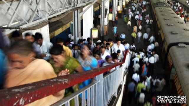 谷歌在印度孟买中央火车站推广WiFi服务